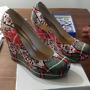 Tribal colored wedges